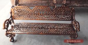 Kursi Besi Untuk Interior dan Eksterior Rumah